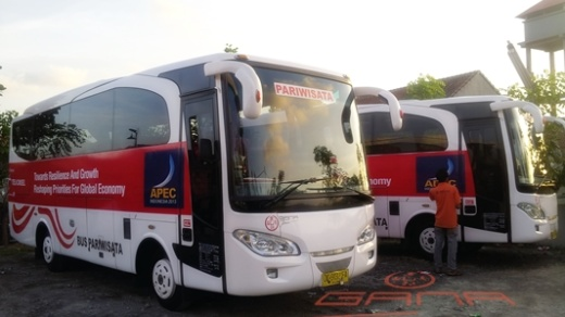 Bus medium di Bali seat 30